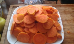 Sliced and ready to go. Amazing how much these look like carrots.